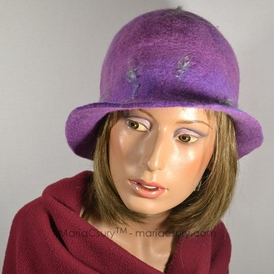 Felt purple wool hat