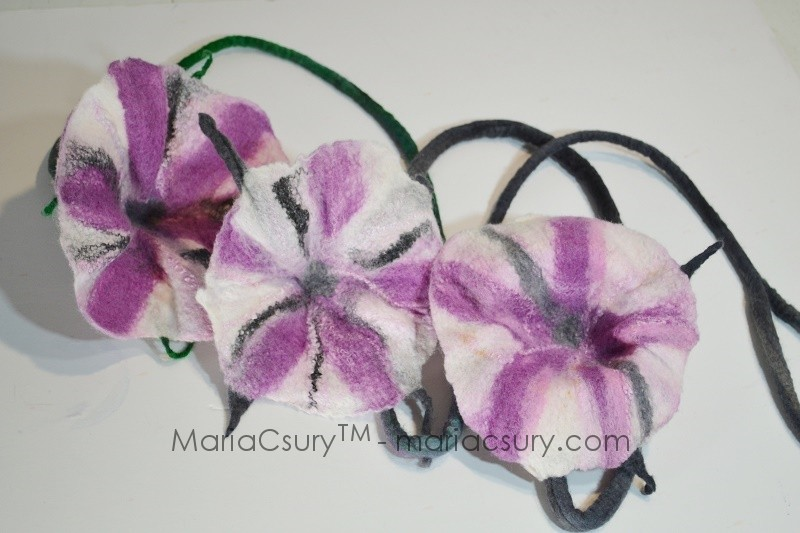 felted-pink-petunia-necklace
