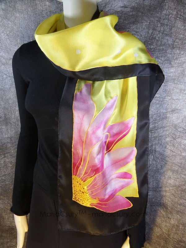 Yellow_Gerber_daisy_silk_scarf