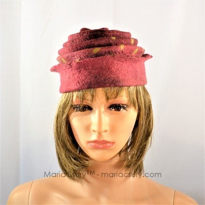 rust_brown_felted_winter_hat