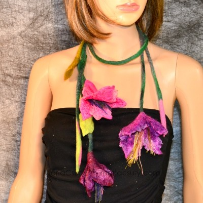felted_purple_pink_flower_necklace_jewelry